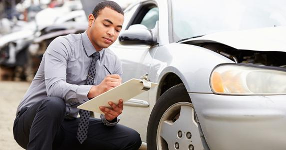 mobile-inspectors-check-used-car
